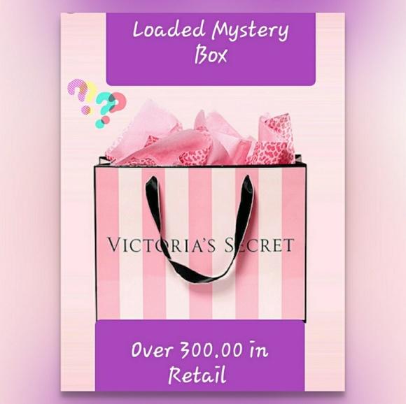 e91bb64a2a797 PINK Victoria's Secret Accessories   Huge Victoria Secret Pink ...